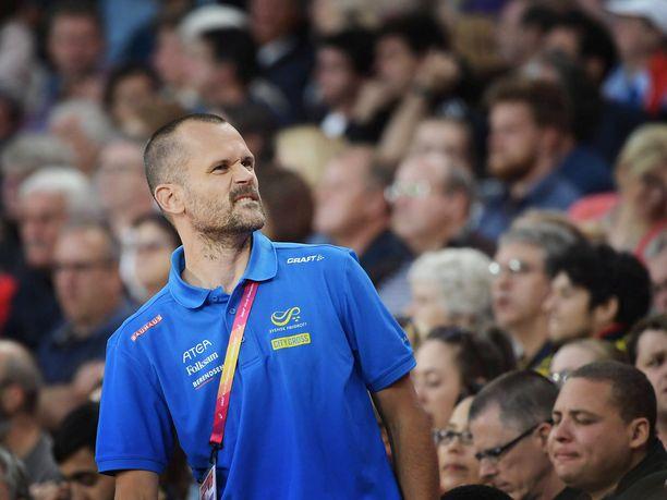 Stefan Holm sanoo, että hän on väsynyt puhumaan Venäjästä ja dopingista.