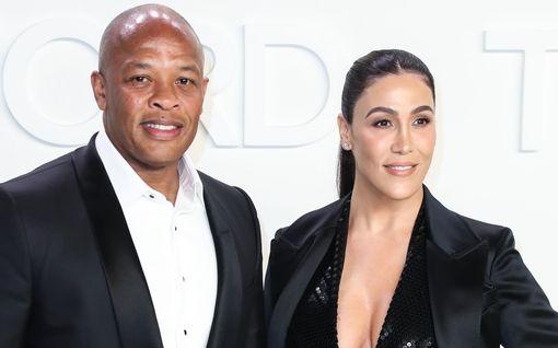 Dr. Dren ex-vaimo penää mieheltä miljoonia - jumittaa luksuskartanossa: mojova riita avioehdosta