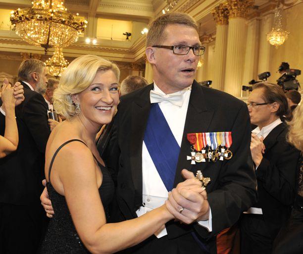 Pääministeri ja avec rokkasivat, mutta hillitysti.