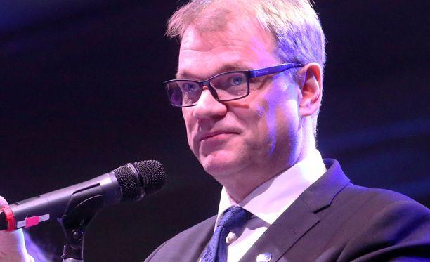 Puheenjohtaja Juha Sipilän mukaan keskusta ei lähde lokakampanjoimaan.