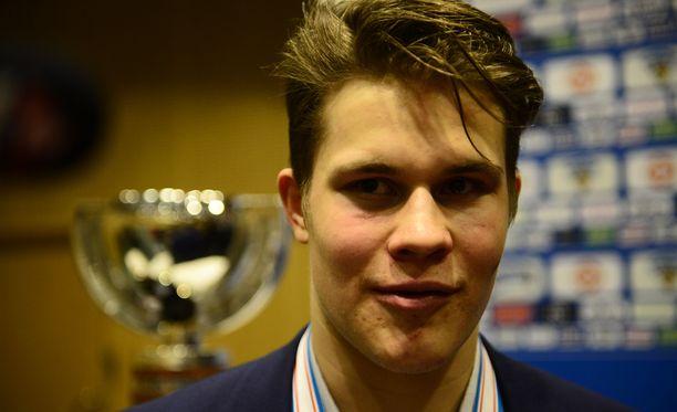 Jesse Puljujärvi ei usko kautensa jatkuvan aikuisten MM-kisoihin.