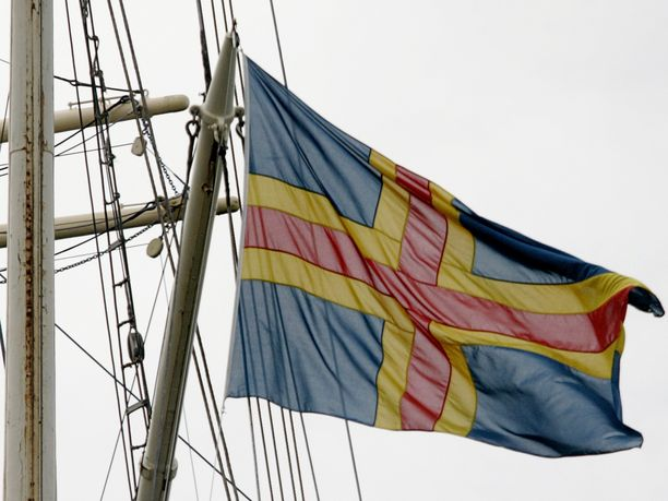 Perussuomalaiset haluaa lakialoitteellaan pienentää Ahvenanmaan saamia tasausmaksuja sadalla miljoonalla eurolla.