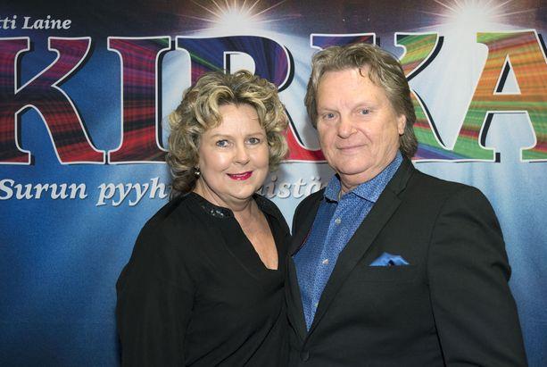 Pepe Willberg ja Pauliina Visuri povaavat Kirka-musikaalin tekijöille vaikeaa urakkaa.