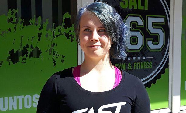 Susanna Törrönen voitti penkkipunnerruksen EM-kultaa junioreissa.
