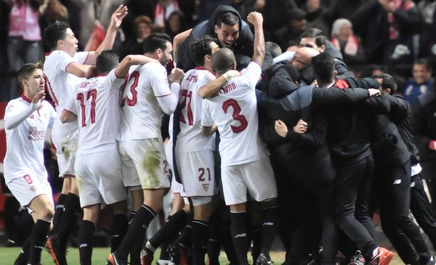 Sevillan riemulla ei ollut rajoja, kun uusi hankinta Jovetic oli täräyttänyt joukkueelle 2-1-voiton Real Madridista.