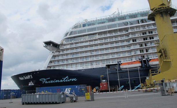 Telakkateollisuudeella on jo pitkään mennyt lujaa. Loistoristeilijä Mein Schiff 5 valmistui Mayer Turun telakalla 2016.