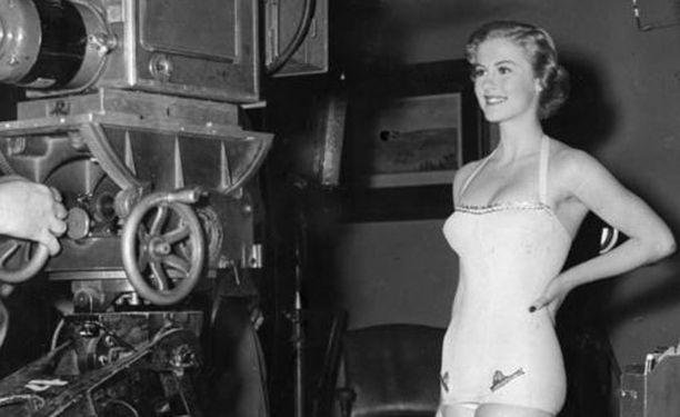 Armi Kuusela valittiin Miss Universumiksi vuonna 1952.