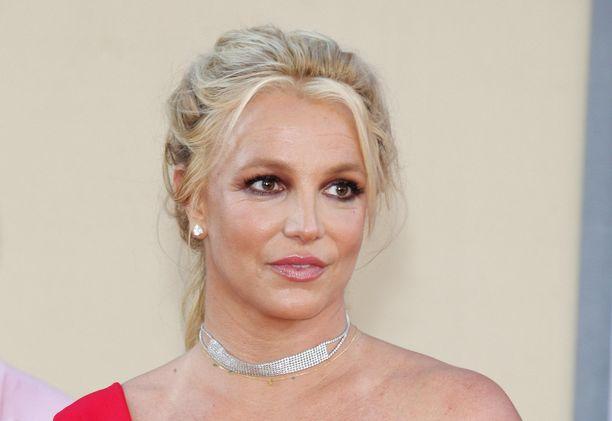 Britney Spears kertoo voivansa hyvin.