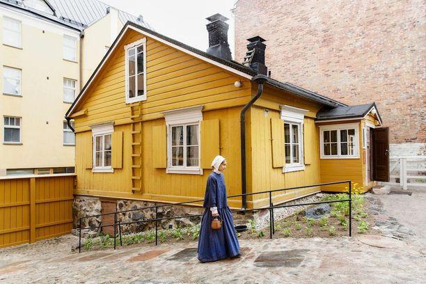 Noin 200-vuotias Ruiskumestarin talo on Helsingin kantakaupungin vanhin puinen asuinrakennus.