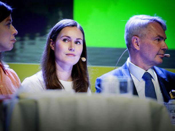 Suomalaiset suhtautuvat myönteisimmin Sanna Marinin tilapäisesti johtamaan SDP:hen ja Pekka Haaviston vihreisiin. Sen sijaan Li Anderssonin vasemmistoliitto notkahti tuoreessa kyselyssä.