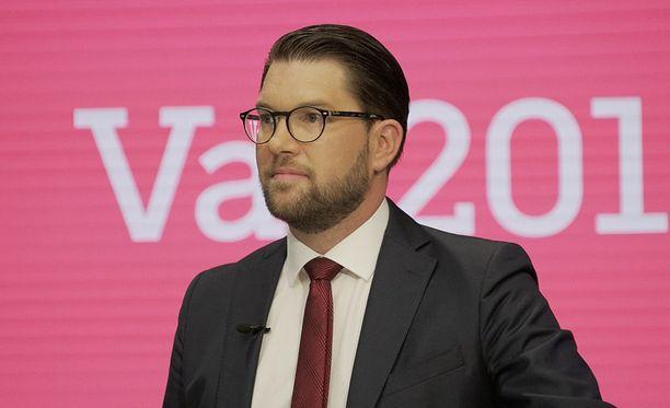Ruotsidemokraatit ovat saamassa Jimmie Åkessonin johdolla vaalivoiton. Puolue on ennusteiden mukaan saamassa ainakin kolmanneksi suurimman puolueen paikan, mutta parempikin sijoitus on mahdollinen.