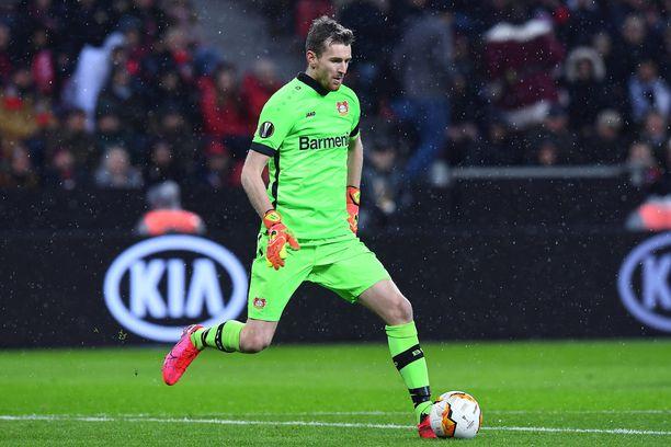 Lukas Hradecky joutui antautumaan kerran Porto-ottelussa.