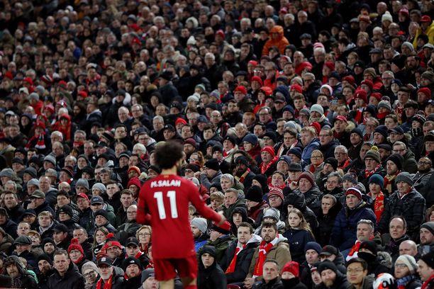 Liverpoolin fanit ovat tärkeässä roolissa Punaisten takaa-ajossa.