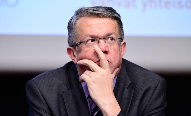 Perhe- ja peruspalveluministeri Juha Rehula (kesk) kertoi, että soteuudistuksesta aiotaan saada hallituksen esitys kasaan ennen vuoden loppua.
