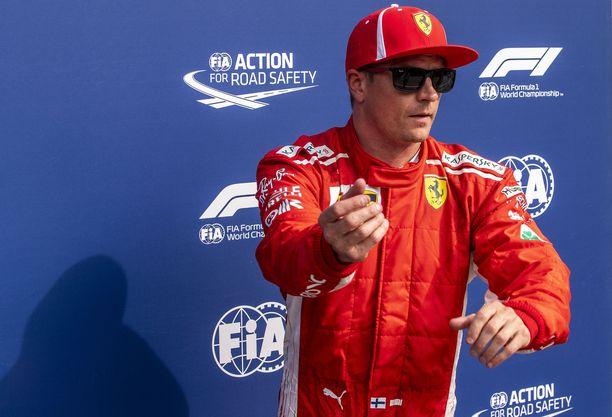 Kimi Räikkönen hyppää ensi kaudeksi Sauberille, jonka kurssikäyrä sojottaa rajusti yläviistoon.