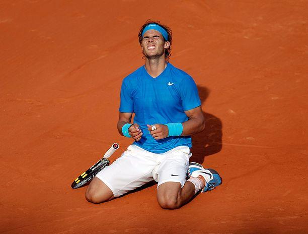 Rafael Nadalin kamppailu voitosta kesti lähes neljä tuntia.