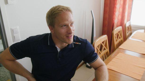 Leo-Pekka Tähti on käyttänyt pyörätuolia lapsesta saakka.