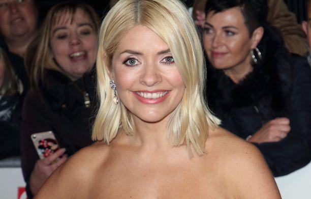 Holly Willoughby on suosittu brittijuontaja.