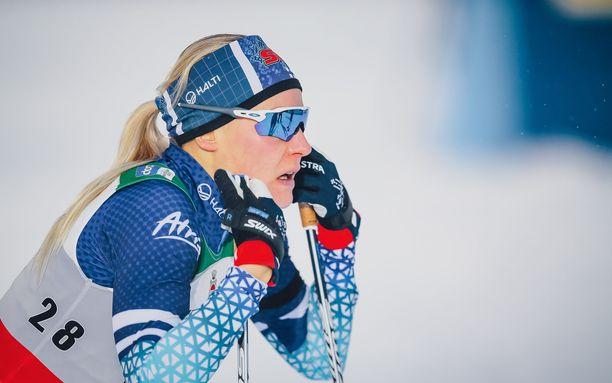 Anne Kyllönen ei onnistunut pitämään Suomea kärkimaiden kyydissä Lillehammerin viestissä.
