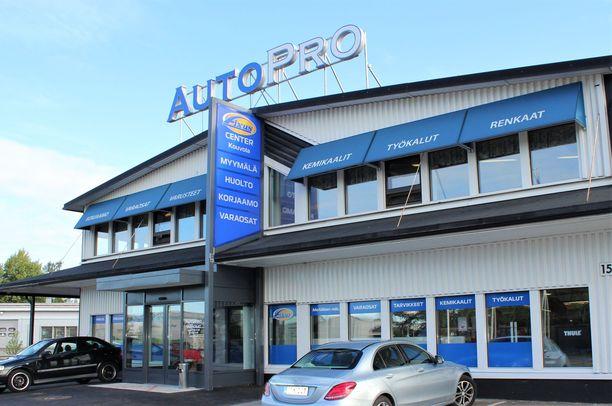AutoPro Kouvola Oy on palveleva autokorjaamo, joka toimii sekä Kouvolassa että Kuusankoskella.