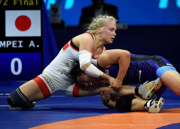 Petra Olli kärsi tappion painin EM-kisoissa. Kuva vuodelta 2018.