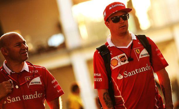 Mark Arnall ja Kimi Räikkönen kiertävät F1-sirkusta jo 15:ttä yhteistä kauttaan.