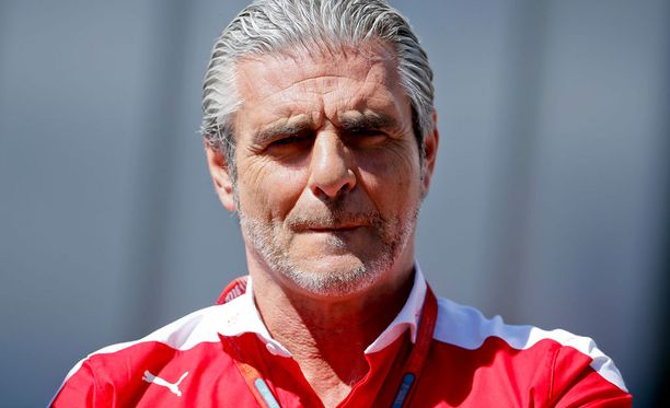 Ferrarin Maurizio Arrivabene on yksi aika-ajouudistusta kritisoineista tallipäälliköistä.