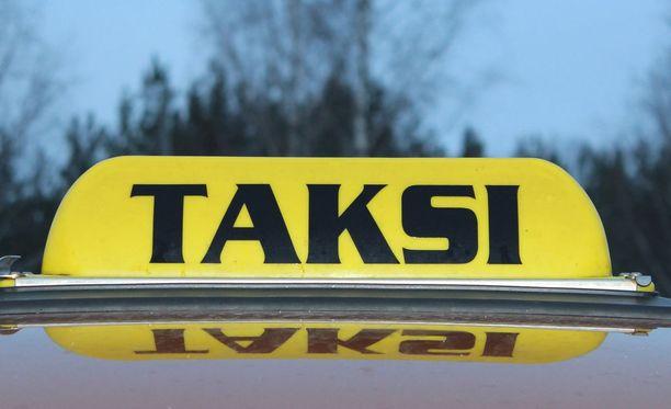 Mystery shoppereiksi valittujen henkilöiden ei tarvitse maksaa taksikyydeistään.