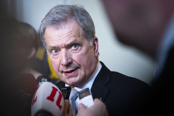 Presidentti Sauli Niinistö keskusteli Ukrainan presidentin kanssa.