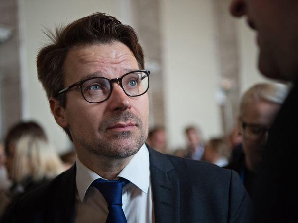 Vihreiden entinen puheenjohtaja Ville Niinistö ei pyri takaisin puolueensa johtoon.