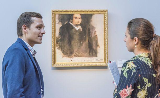 Kuvassa keskellä Portrait of Edmond Belamy -taulu.