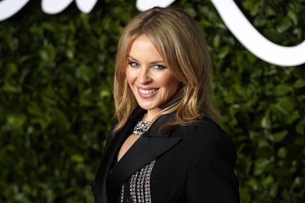 Kylie Minogue vie kuulijansa diskotunnelmiin uudella albumillaan.