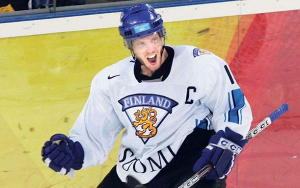 Saku Koivu vetää Suomi-paidan ylleen vasta jatkosarjaan.