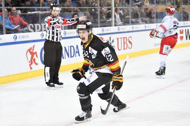 Alexander Ruuttu tuuletti villisti KalPan 1-0-maalia.