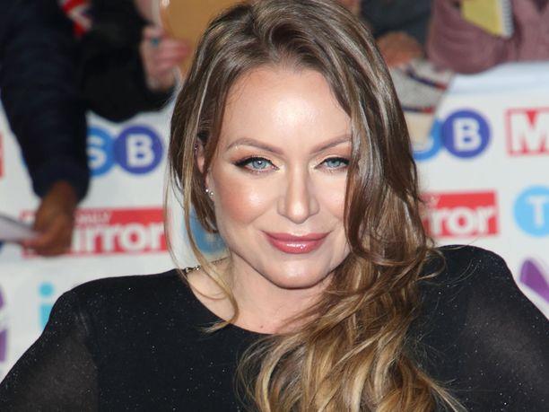Rita Simons tunnetaan englantilaisena näyttelijänä.
