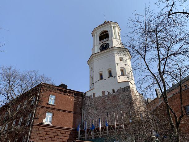 Historiallista kellotornia on kunnostettu.