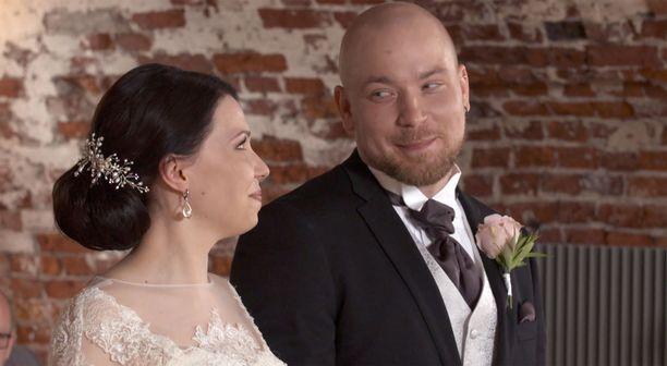 Aliisan ja Esan häät nähdään seuraavassa jaksossa.