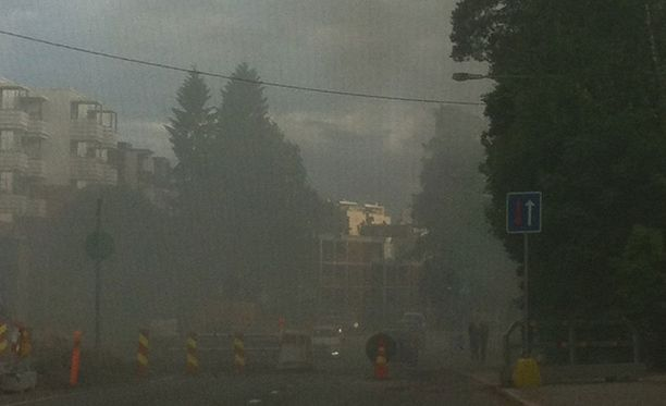 Iltalehden lukija lähetti toimitukseen kuva. Hän kertoo, että Pizzeria Paradise Lintuvaarassa paloi sunnuntaina.
