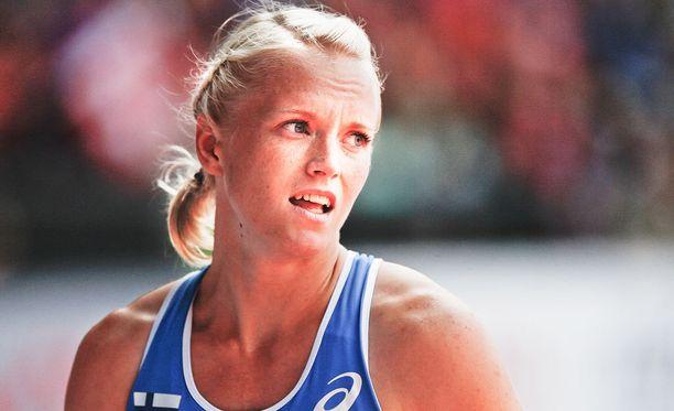 Minna Nikkanen on korottanut tällä kaudella Suomen ennätystä useampaakin otteeseen.