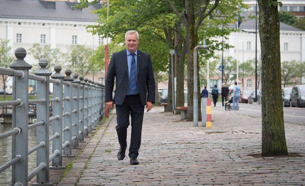 Sdp:n viime syksynä tekemässä varjobudjetissa ammatillisen koulutuksen säästöjä ei mainita, kirjoittaa Mika Koskinen.