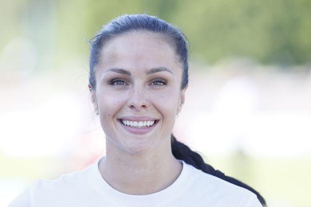 Maria Huntington kilpaili torstaina Espoon GP-kisoissa kuulantyönnössä.