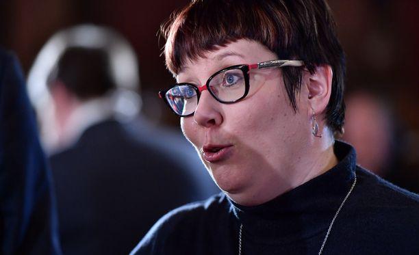 Merja Kyllönen piikitteli Sauli Niinistöä.
