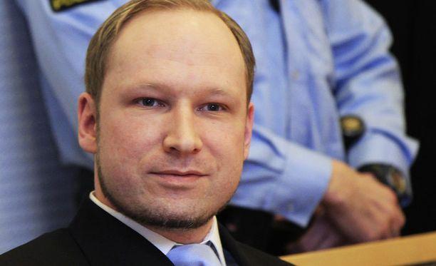 Breivikin aiempi mielentilatutkimus kumottiin uudella päätöksellä.