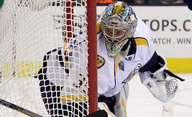 Pekka Rinne joutui yllätetyksi kolmesti.