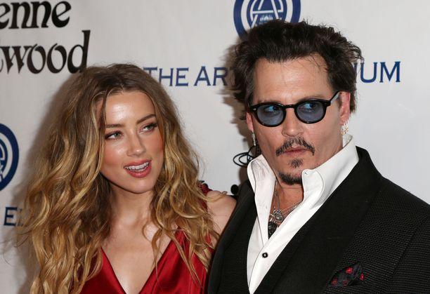 Amber Heard ja Johnny Depp vuonna 2016.