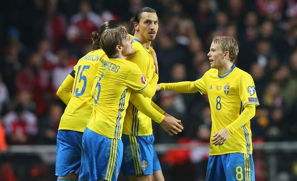 Zlatan Ibrahimovic vei ruotsalaiset EM-lopputurnaukseen.