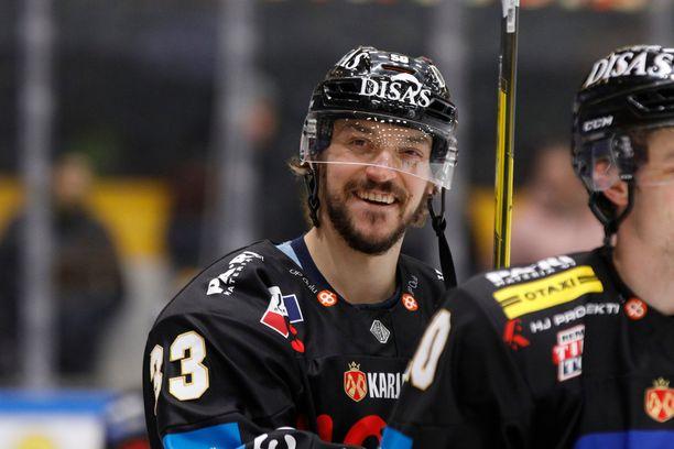 Juhamatti Aaltonen palasi perjantaina Kärppiin.