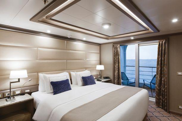 Owner's Suite on sisustettu ylellisillä materiaaleilla.