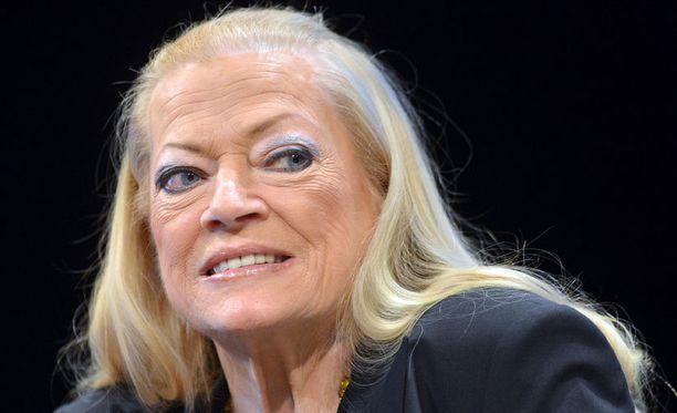 Anita Ekberg otti toissa vuonna osaa Berliinin elokuvajuhlille.
