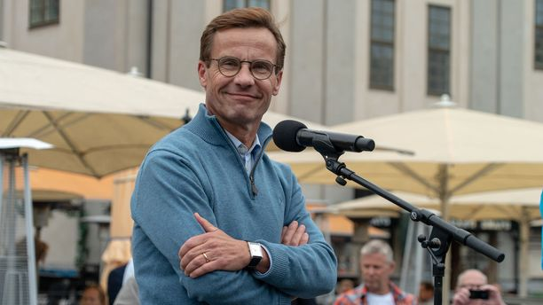 Ulf Kristersson kamppailee pääministerin paikasta Stefan Löfvenin kanssa. Kotikunnissaan molemmat menettivät kannatustaan.